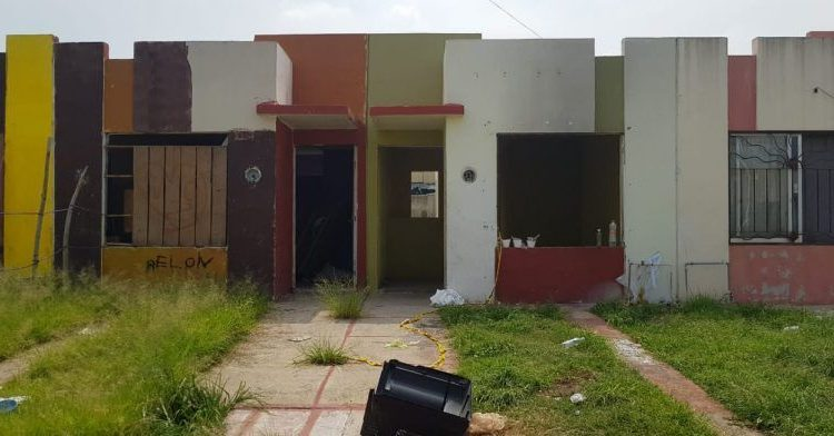 Suman 14 cadáveres en tres fosas clandestinas halladas en dos días en Jalisco