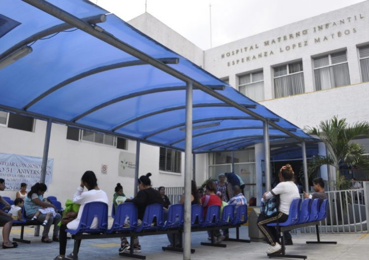 CEDHJ dicta medidas cautelares a hospital donde mujer dio a luz en sala de urgencias