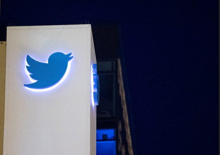 Twitter elimina 1 millón de cuentas falsas al día, según el Washington Post