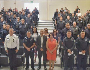 Entrega el alcalde de JM apoyos a policías municipales para la mejora de sus viviendas