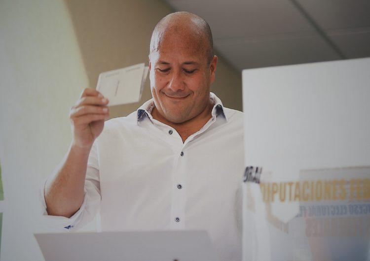Ordena autoridad electoral de Jalisco suspender noticia que vincula a Alfaro con el narco; Lomelí acatará resultados aunque no lo favorezcan