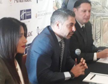 3 de cada 10 turistas visitan Puebla en verano para comer Chiles en Nogada