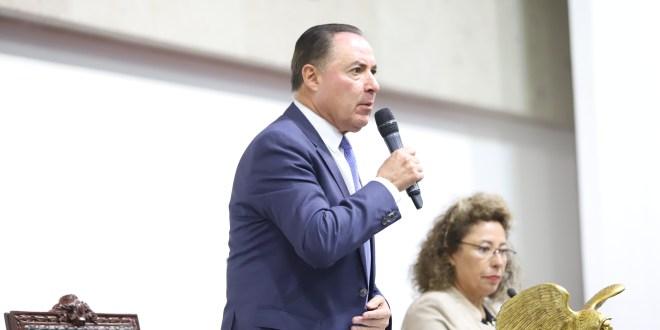 Evita diputado opinar sobre la adjudicación de obras en Tulancingo