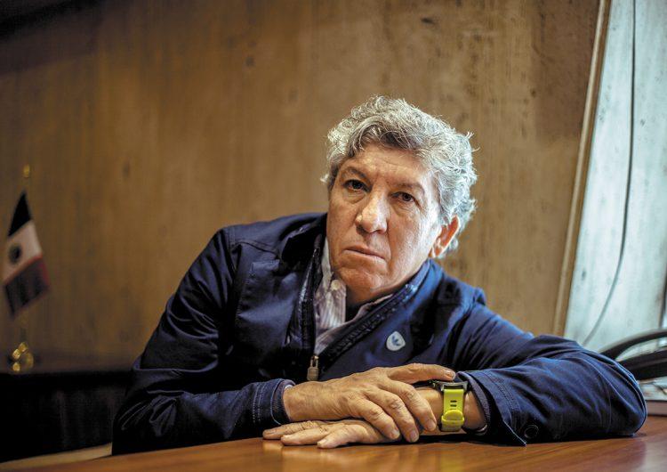 """""""Mi aportación es la renovación constante"""": Salvador López"""