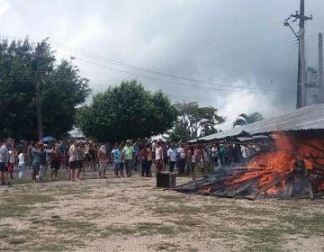 Brasileños protestan contra llegada de migrantes venezolanos: queman campamentos y les exigen volver a su país