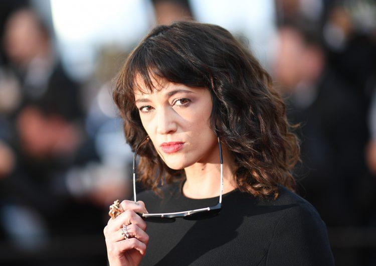 Asia Argento se defiende: sí tuvo sexo Benett pero dice que no sabía que era menor de edad