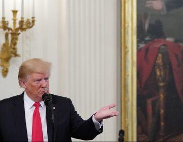Trump amenaza con un colapso en la economía si lo someten a juicio político