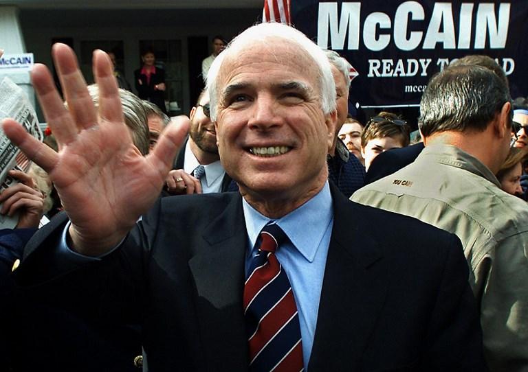McCain decide discontinuar su tratamiento para el cáncer