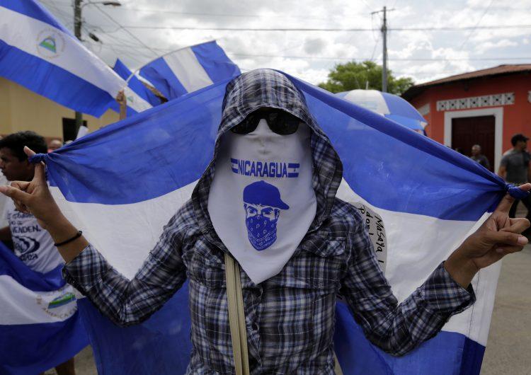 Realizan protestas a favor y en contra del gobierno en Nicaragua