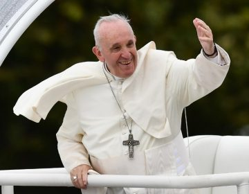 Arzobispo pide la renuncia del papa Francisco; lo acusa de ignorar acusaciones de abuso