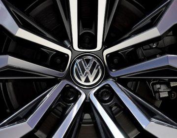 Volkswagen llama a revisión a 700,000 camionetas por riesgo de incendio