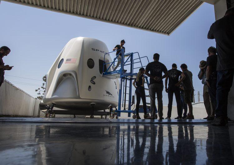 Cuando la realidad supera la ficción: en 2019 se realizará el primer vuelo comercial al espacio