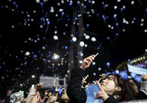 Primero los popotes, ahora los globos: ¿son realmente malos para el ambiente?