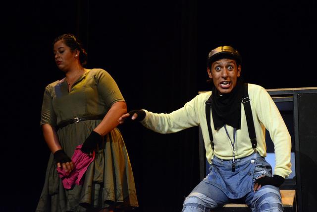 Democratiza la cultura teatro popular: IMAC