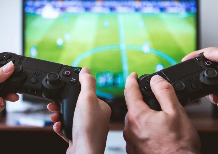 """China va a limitar los videojuegos para """"evitar la miopía"""""""
