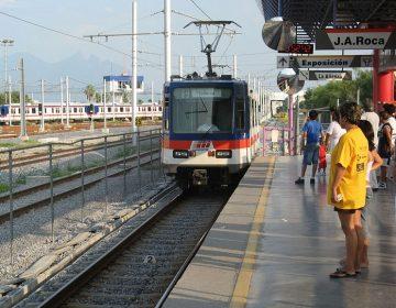 Analizan las tarifas del transporte público en Nuevo León