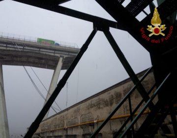 Rescatan a hombre en coche suspendido en Génova; sube a 39 muertos por derrumbe de puente