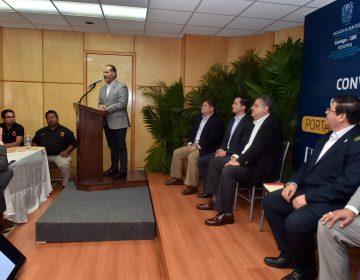 Firma ISSSSPEA e Infonavit convenio para transferir ahorros de subcuentas de vivienda
