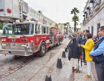 Entrega Notel Mata equipamiento a protección civil