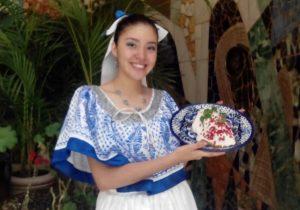 Esperan vender más de 70 mil chiles en nogada en feria de San Andrés Calpan