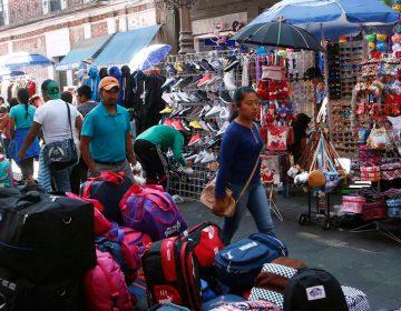 Ambulantes venden mercancía robada en centro histórico de Puebla, indica la Canaco