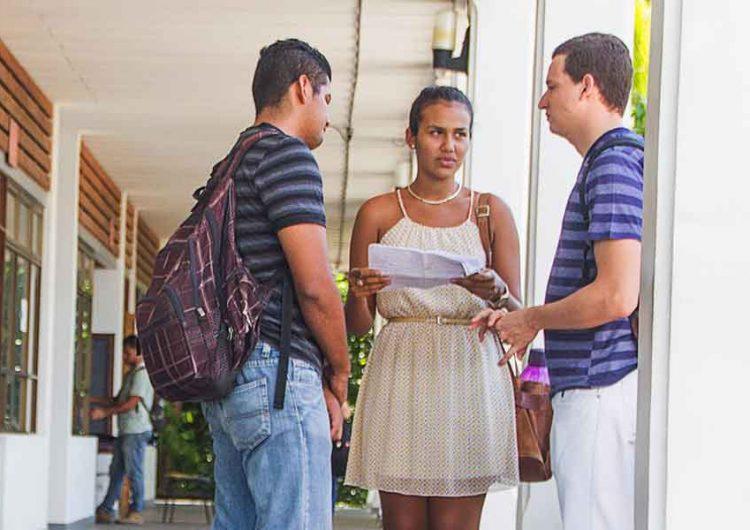 Problemas económicos, principal obstáculo de jóvenes rurales para seguir estudiando