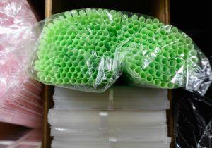 El problema con la prohibición de los popotes de plástico
