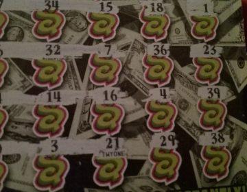 """Billete de lotería con premio millonario fue """"rescatado"""" de la basura"""