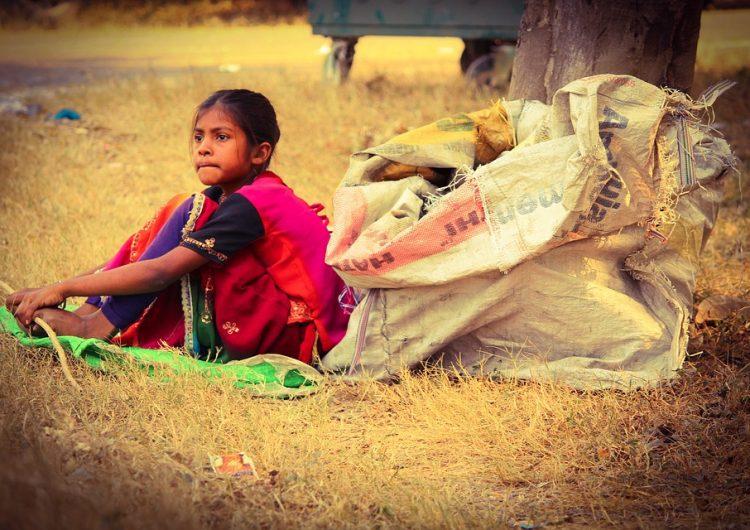 El dolor de la pobreza infantil