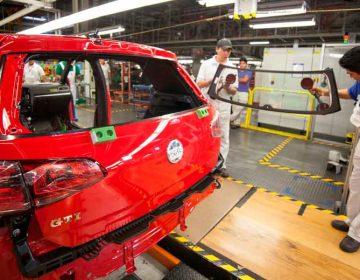 Aplican proveedoras esquemas emergentes ante los paros técnicos en VW y Audi