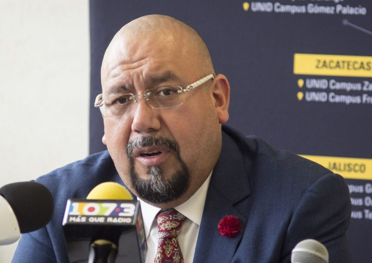 Promover amparos para exigir a funcionarios: Valdez Ramírez