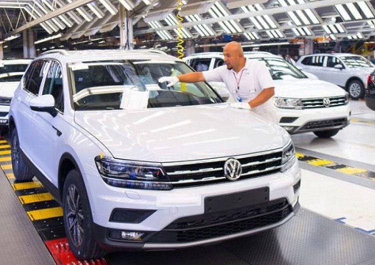 Se contrae producción y exportación de VW
