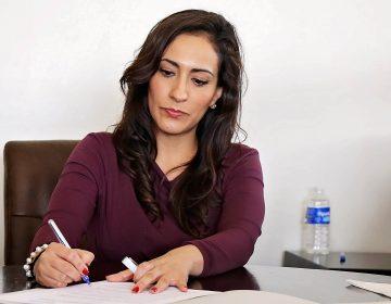 Las mujeres, ¿invisibles ante la nueva política de austeridad en el gobierno federal?