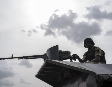 Al menos 30 soldados mueren en un ataque contra una base militar en Nigeria