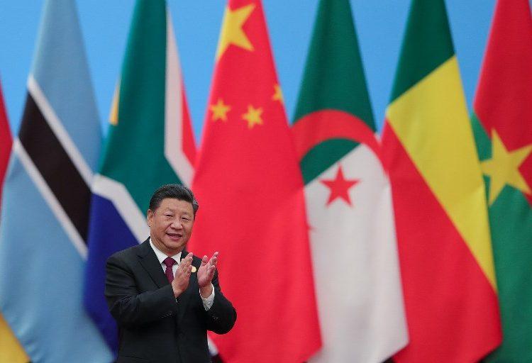 """China promete invertir 60 mil millones de dólares en África. ¿Estamos frente a un """"neocolonialismo""""?"""