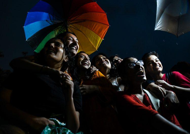 Despenalizan la homosexualidad en la India, por décadas la consideraron una enfermedad mental