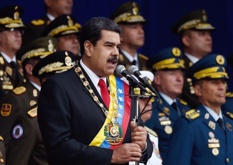Maduro viaja a China a buscar ideas para su plan económico