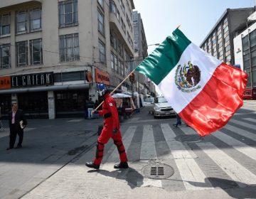 México mantiene el puño en alto a un año del terremoto del 19S