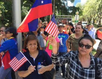 """""""Eso fue una burla"""": Protestan en Miami contra el chef que agasajó a Maduro"""