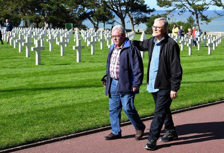 Uno es francés y el otro estadounidense, pero son hermanos… Se conocieron por una prueba de ADN