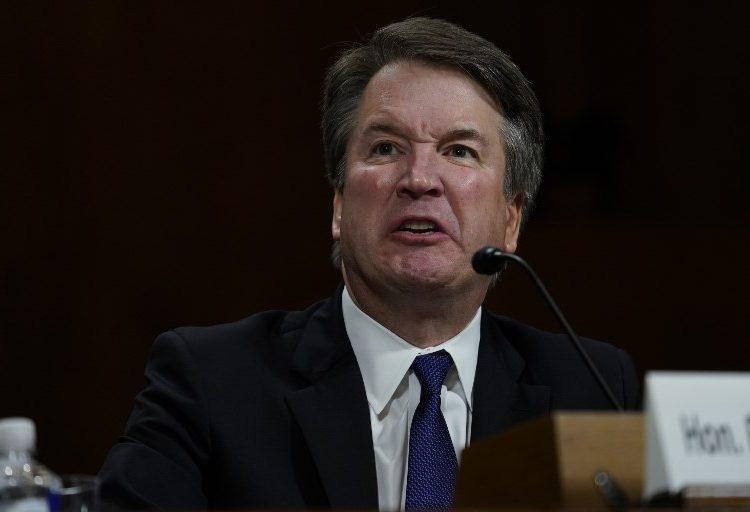 El candidato de Trump a la Corte Suprema niega intento de violación y descarta renunciar