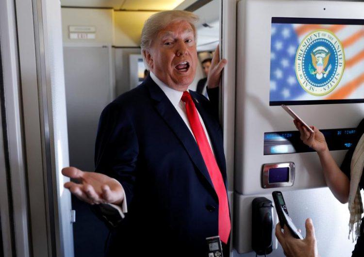 Trump comparte imagen de un menor en silla de ruedas para criticar a jugadores de la NFL