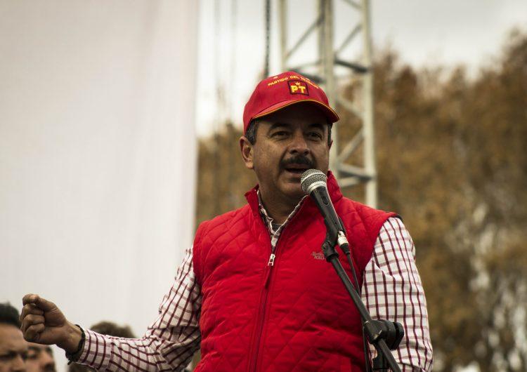 Se libra líder del PT de ir a prisión; buscará más recursos para CENDIS