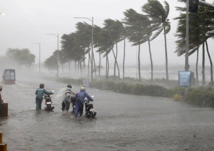 """Florence y sus cantidades """"épicas de lluvia"""" en Carolina del Norte"""