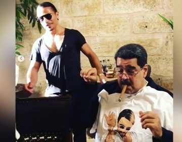 """Maduro y su esposa comen en el lujoso restaurante """"Salt Bae"""" en Turquía"""