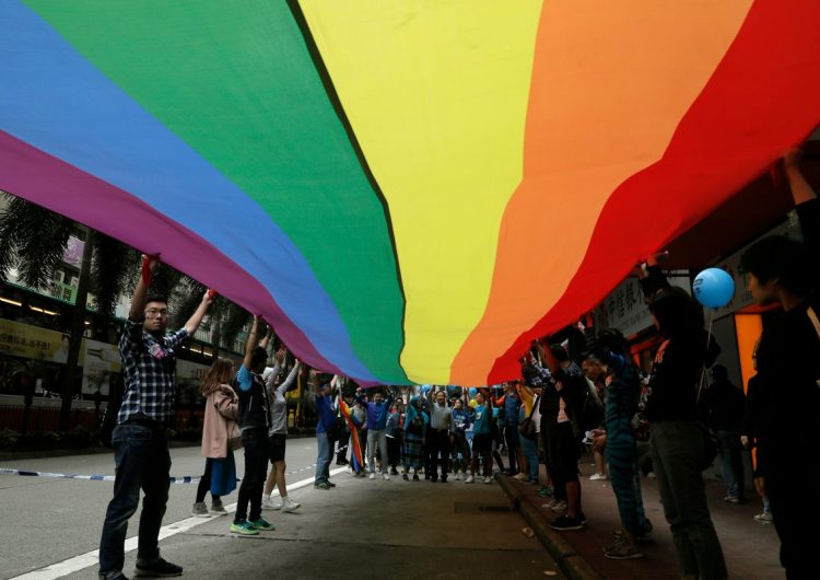 Hong Kong flexibiliza visados de parejas extranjeras del mismo sexo