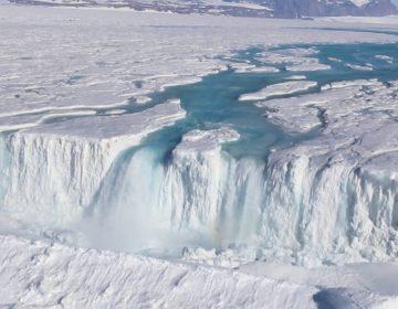 La Antártida crece: mientras el hielo se derrite, el continente congelado se eleva