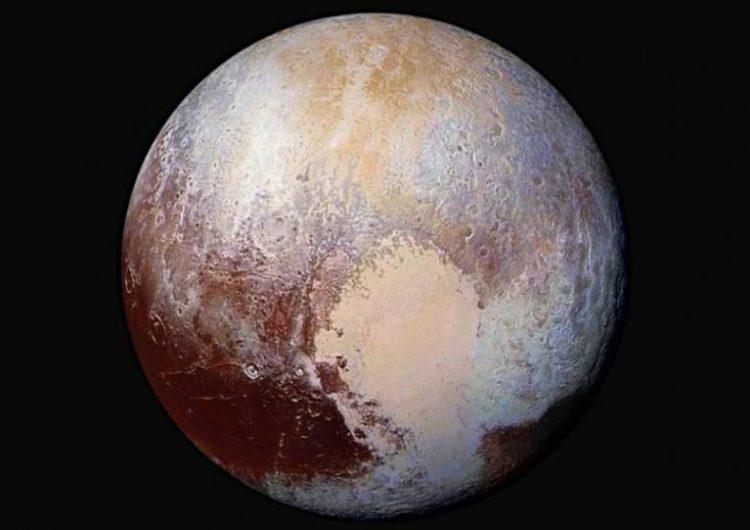 """""""Hagan a Plutón un planeta de nuevo"""", dicen científicos después de su controversial baja de categoría"""
