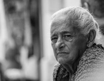 Condiciones laborales en adultos mayores en el marco del Día Internacional de las Personas de Edad