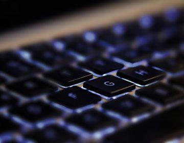 """""""Involuntariamente célibes"""": la misoginia en internet al descubierto"""